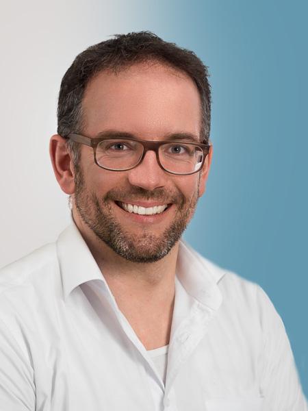 Dr. med. dent. Florian Grummt